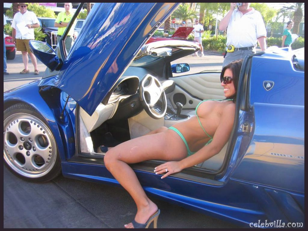 170 hot girls and cars wallpapers 141