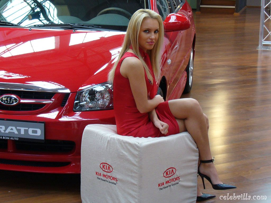 170 hot girls and cars wallpapers 84