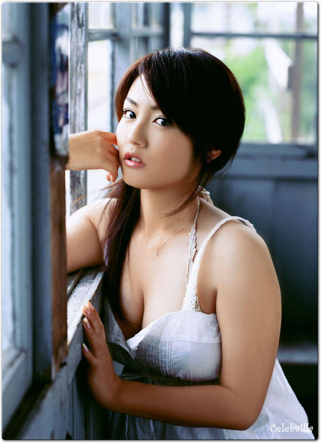Sayaka Isoyama Nude Photos 19