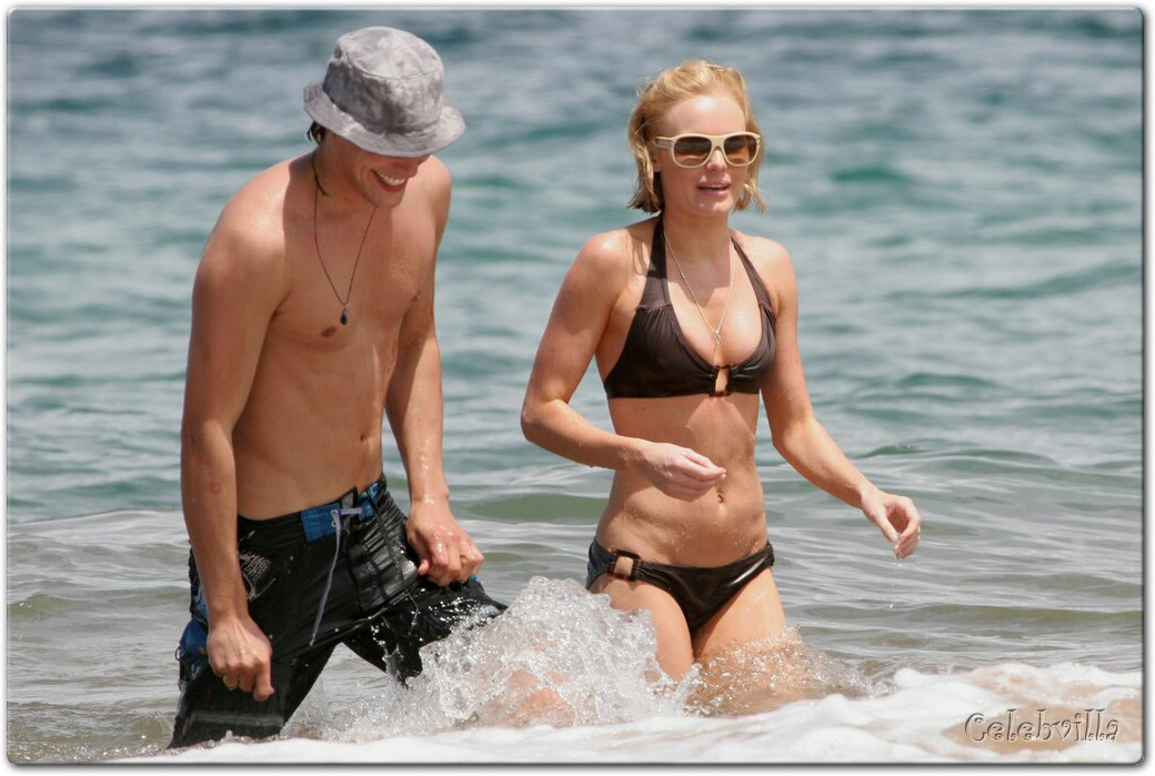 Kate Bosworth - in bikini in Hawaii  027