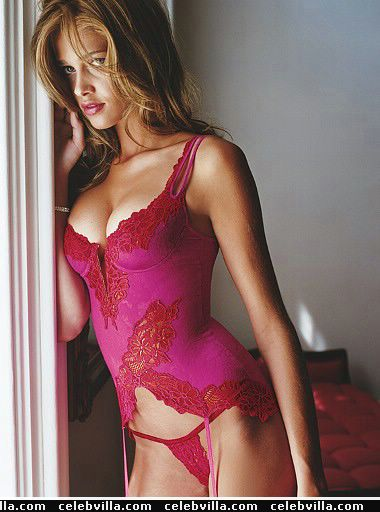 ana beatriz barros 096
